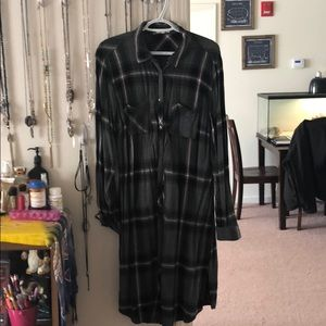 Maurices brand plaid duster // size XL